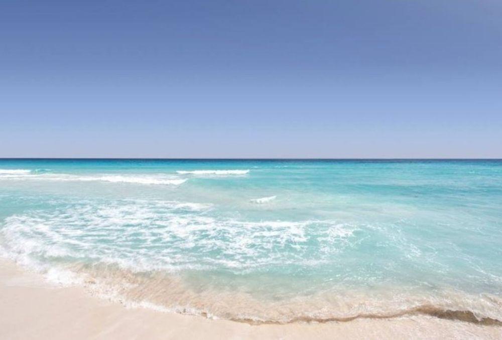 crystal-clear waters at the beach in Destin-FWB